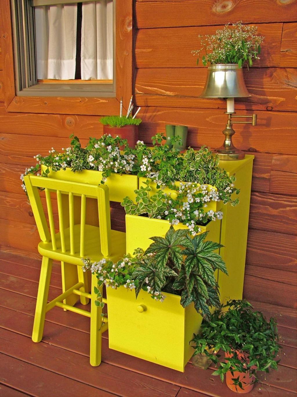 Кашпо для цветов своими руками (58 фото): украшаем дом и сад.