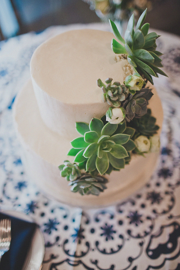 wedding cake decorated with succulents succulent wedding cake decorations the of plants 22367