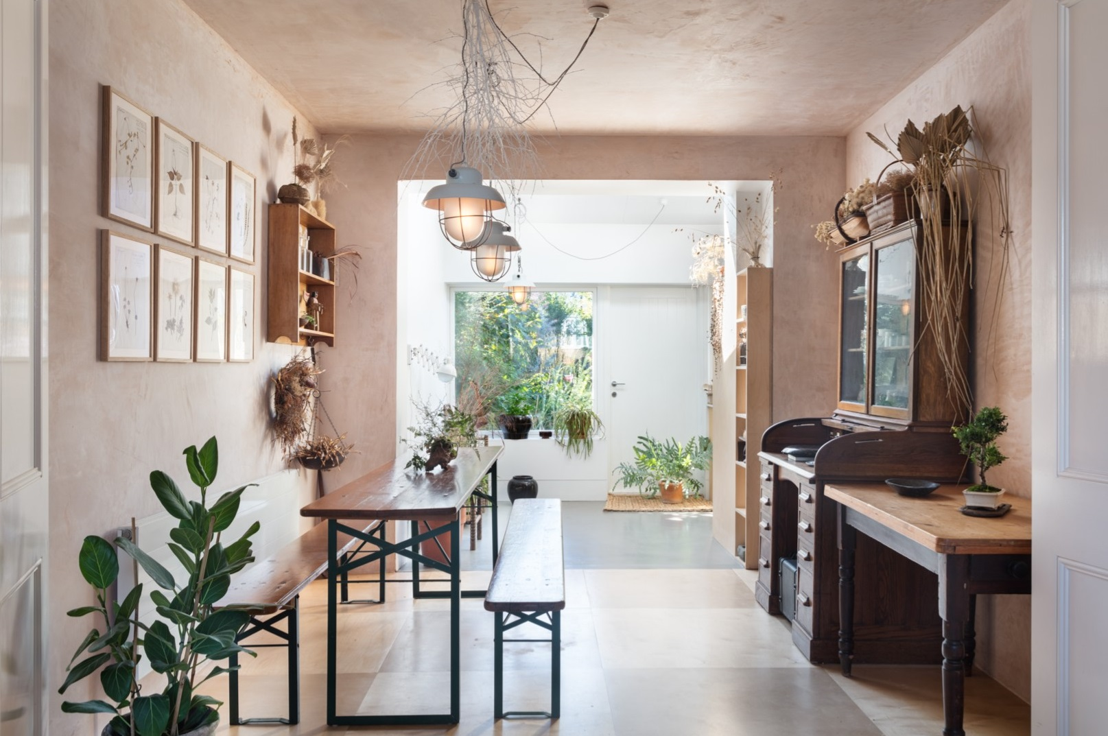 Five Steps To Bring The Japanese Philosophy Of Wabi Sabi Into Your Home The Joy Of Plants
